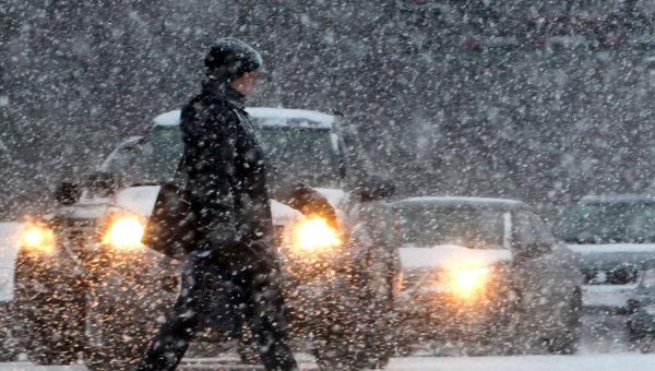 Непогода спровоцировала многокилометровые пробки